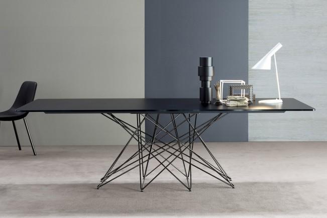 Bonaldo_Octa_lacquered_asztal_L